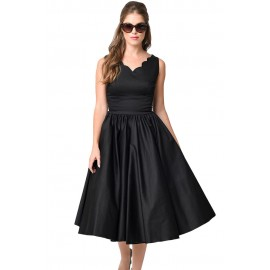 Black Scallop Cinched Lady like Dress