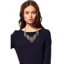 Elegant Hollowing Carved Short Necklace